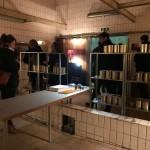 """Das Projekt """"Geschichtenspeicher"""" lädt Besucher in den ehemaligen Duschen auf Schlägel und Eisen dazu ein, ihre Kindheitserinnerungen zu konservieren."""
